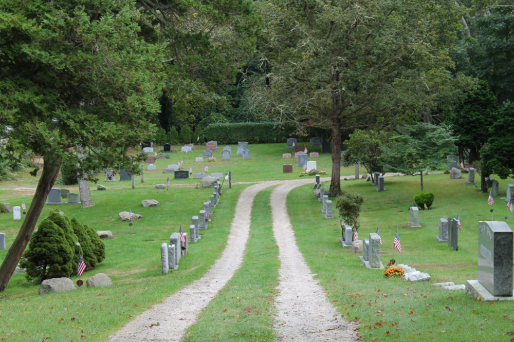 Church of the Messiah Cemetery (1)
